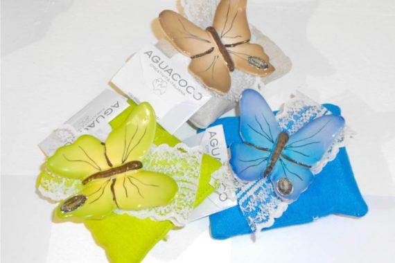 bomboniere a forme di farfalle in ceramica